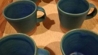 ターコイズブルーのマグカップが焼き上がりました。